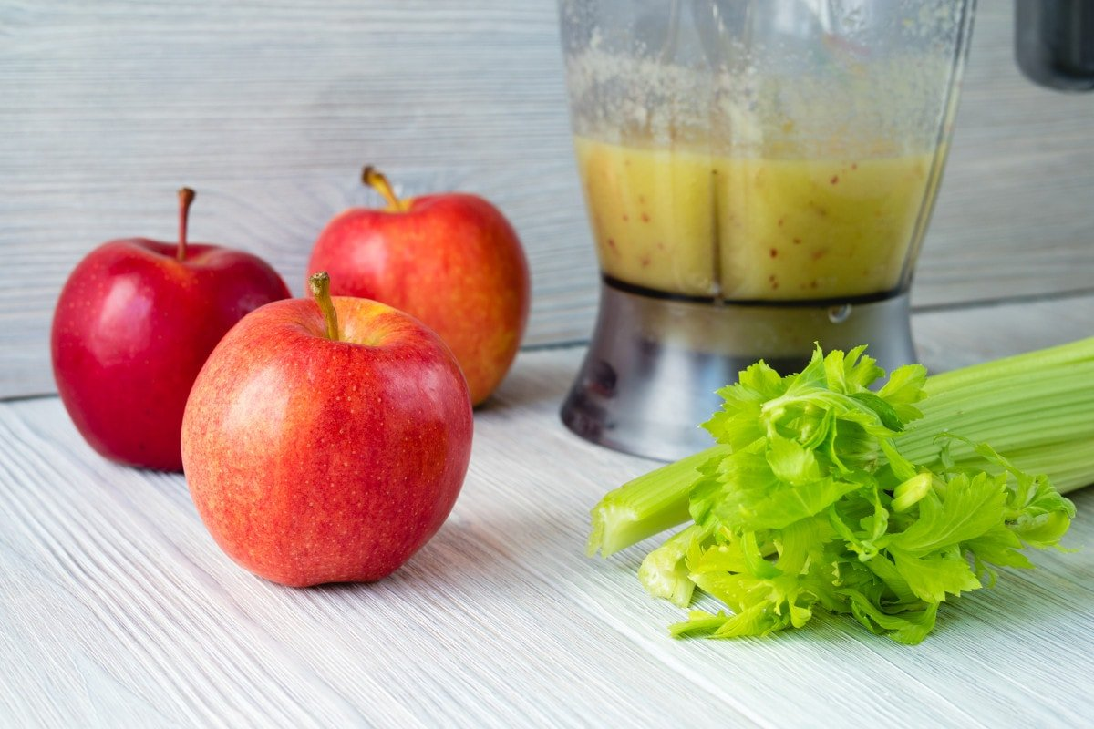 Apple Celery Mix Smoothie Blender