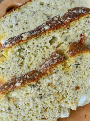 Keto feta bread slices