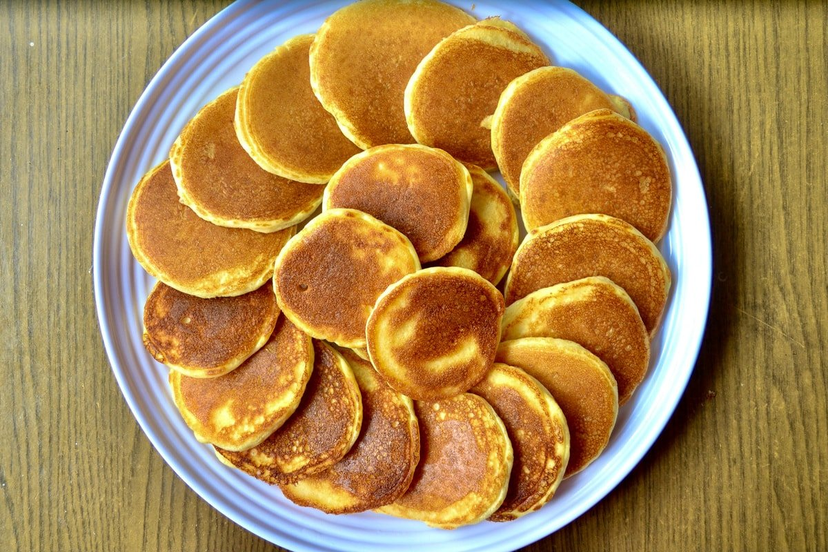 Freshly cooked protein pancakes