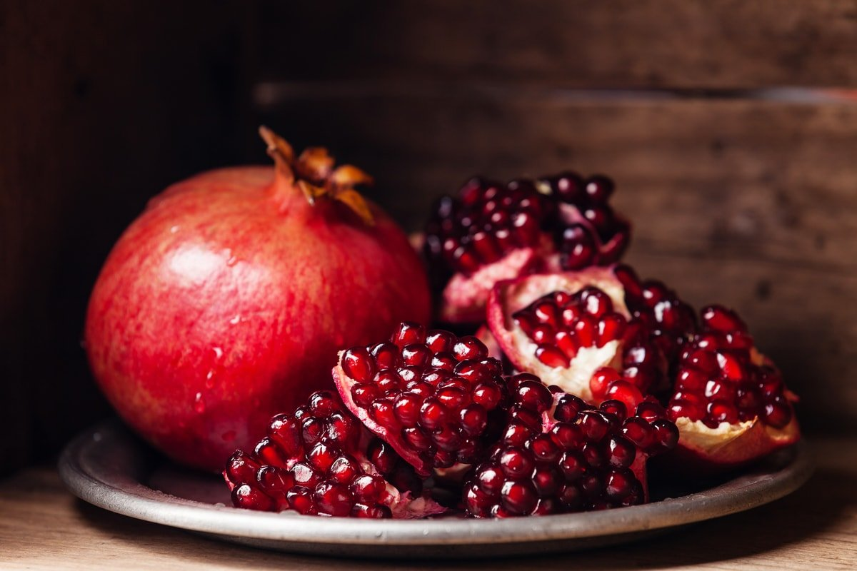 Pomegranate Fruit - Diet and Exercise