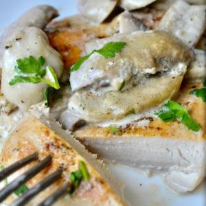 Keto Creamy Mushroom Chicken sliced