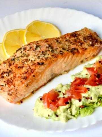 Keto Air Fryer Garlic Butter Salmon served