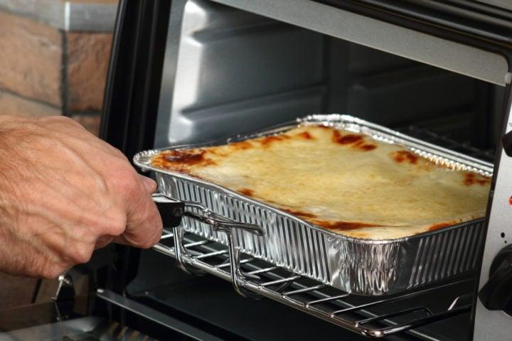 bake lasagna in oven safe aluminum tray